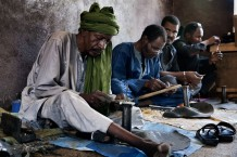 Tuareg artisans at work. CISP is sustaining local craftsmanship. Agadez, Niger 2018