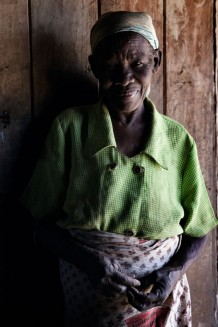 Falice Kaumba, who doesn't know her age, widow. She is a beneficiary of a project of resilience of Italian NGO CISP (International Committee for the Development of Peoples) funded by the WFP (World Food Programme). Karonga District, Malawi, 2018.